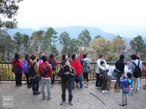 20111208_高尾山の頂上4